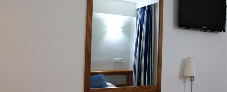 DOUBLE ROOM in Marbel Hotel
